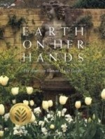 Earth on Her Hands: The American Woman in Her Gardenby: Ockenga, Starr - Product Image