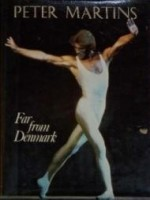 Far from Denmarkby: Martins, Peter - Product Image